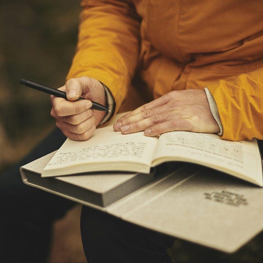 Memoir Writer